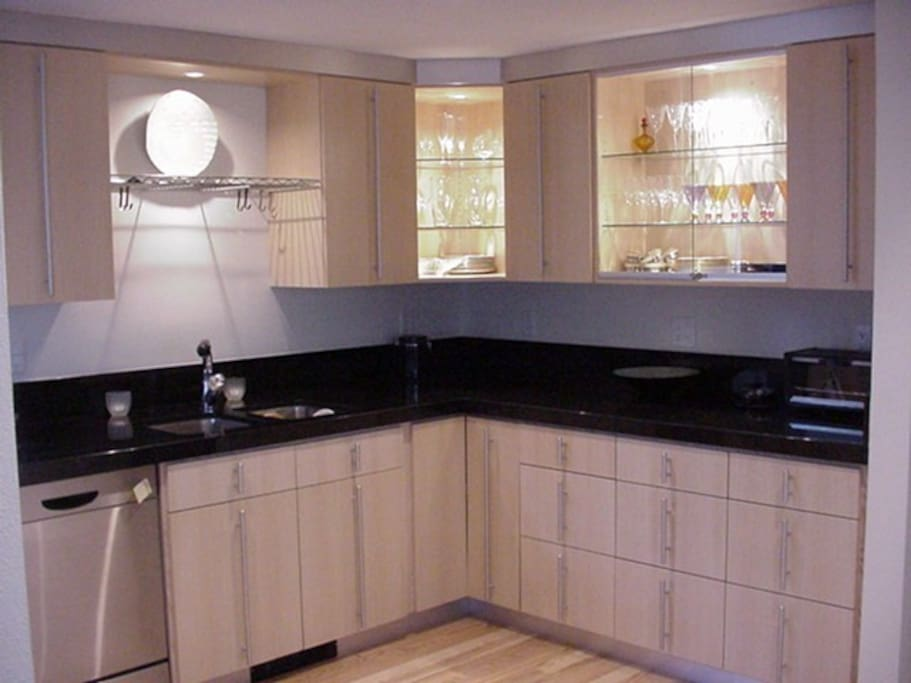 contemporary kitchen with all appliances