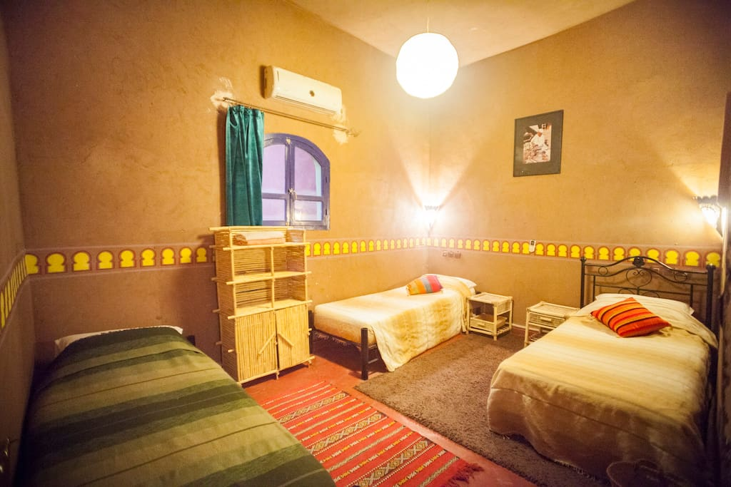 la petite kasbah triple room chambres d 39 h tes louer zagora morocco maroc. Black Bedroom Furniture Sets. Home Design Ideas