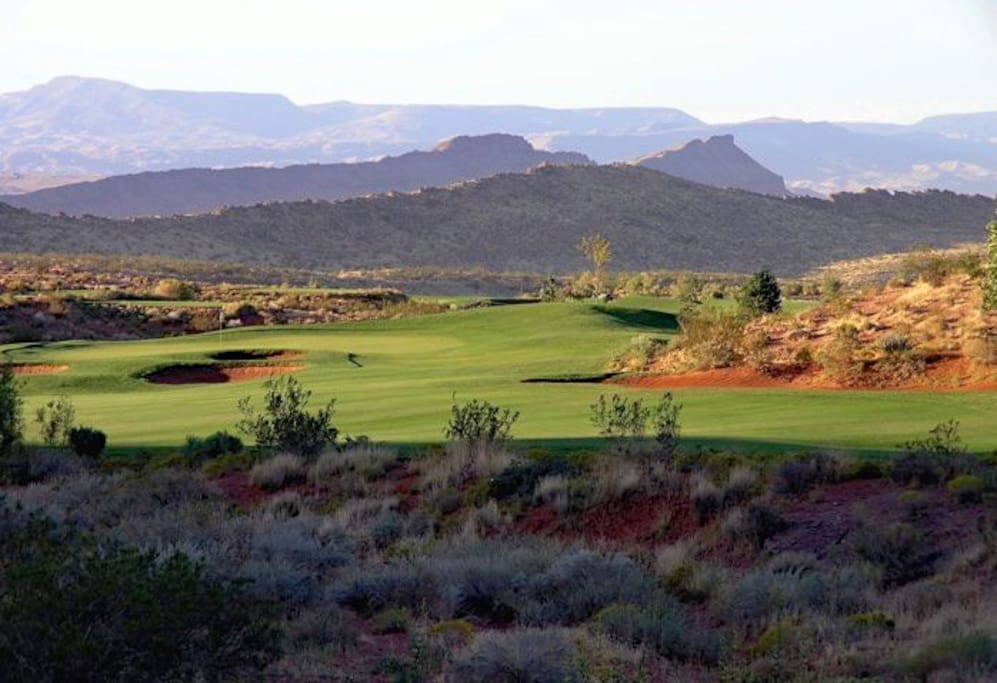 Coral Canyon Golf Course near by.