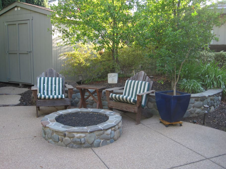 Coffee in the morning and smores in the evening - the fire pit is the best place in the yard to relax!