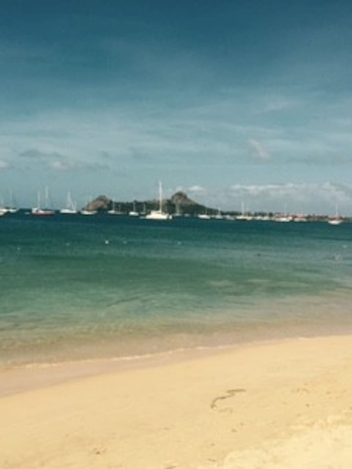 Gros-Islet Beach front with view of historical pigeon point