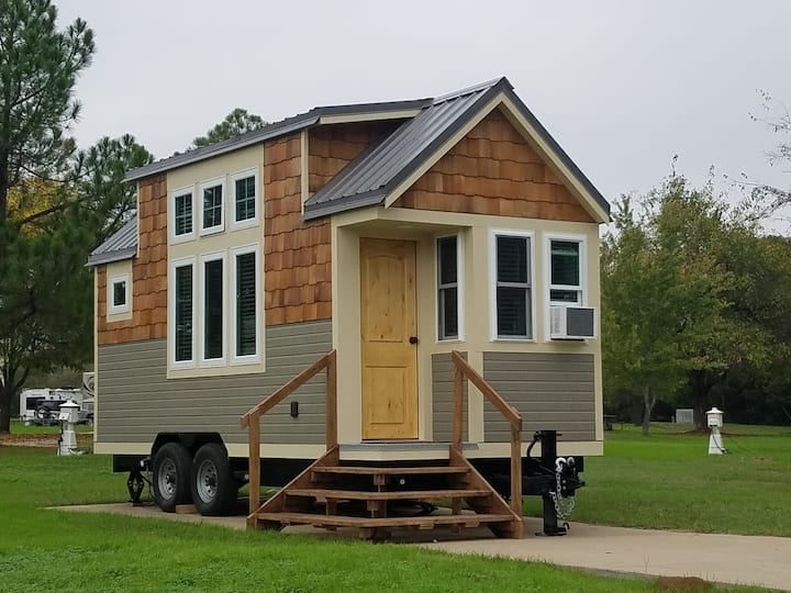 The Maple Tiny Home at Mill Creek Ranch Resort