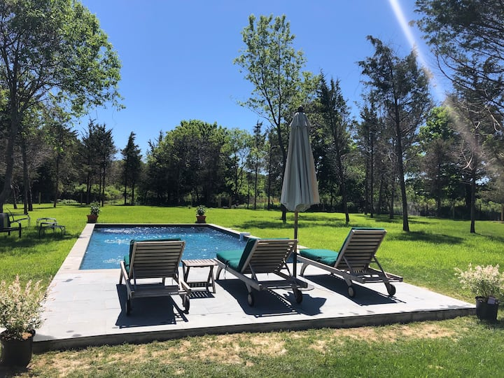 4 br, huge yard and heated gunite pool. New reno