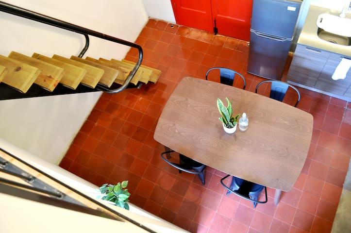 Intimate yet spacious 2-Storey Loft