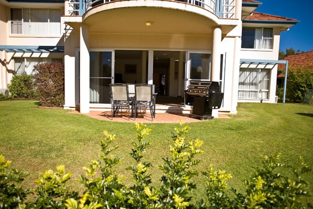 Opal coast villa coffs harbour villas louer coffs for Villas opal