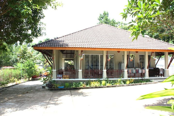 Sihanoukville Family home from 1 to 3 bedrooms - Krong Preah Sihanouk - House