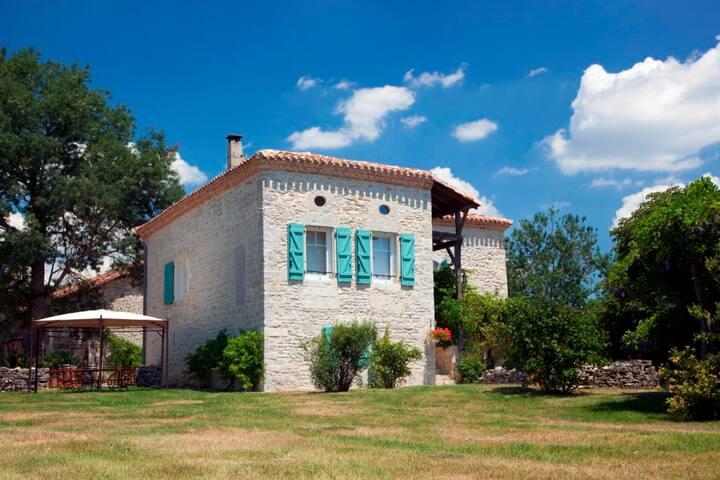 Magnifique ferme du XVIIIè piscine - Septfonds - Villa