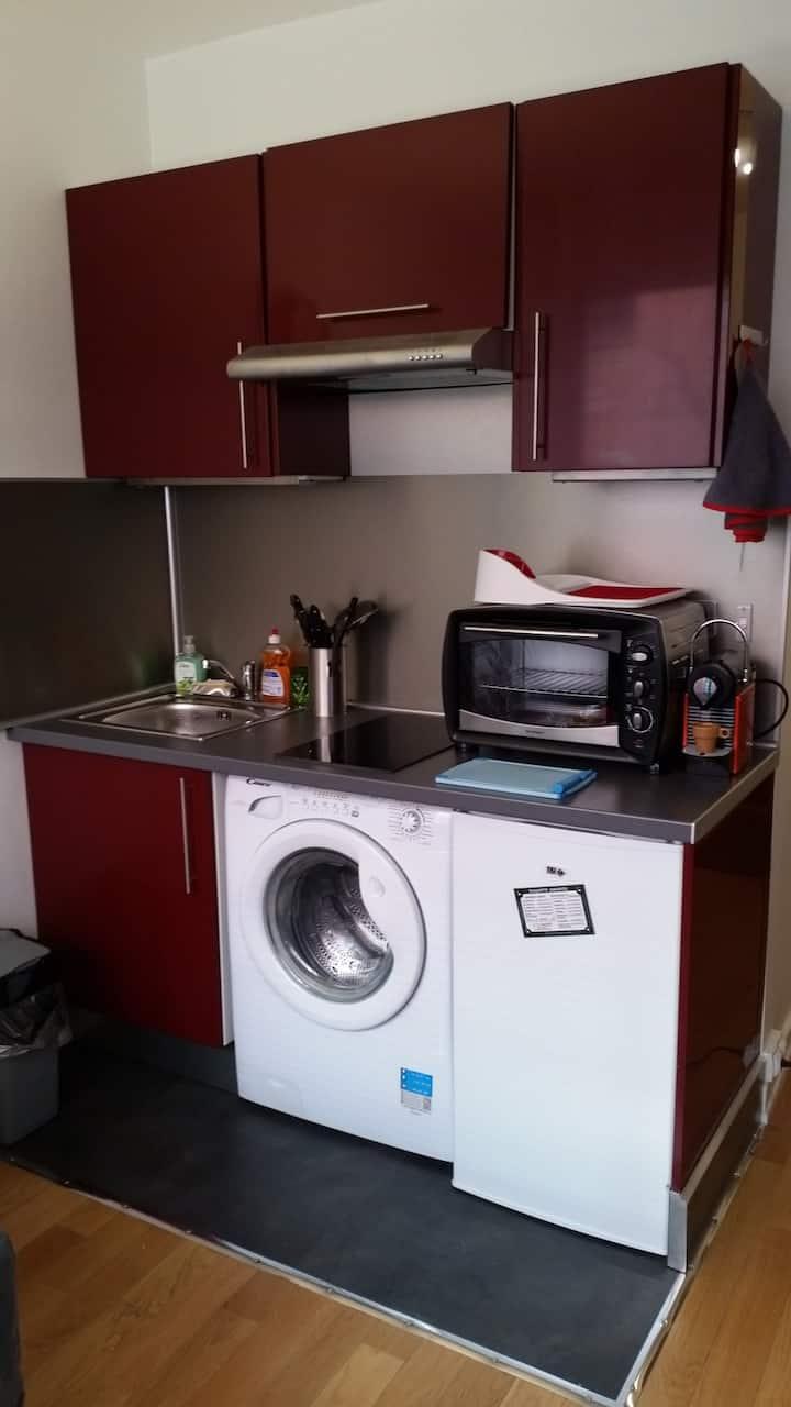 """Studio au centre de Levallois """"Cosy"""""""
