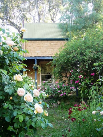 Maggie's Cottage near Castlemaine