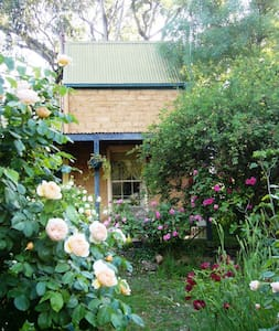Maggie's Cottage near Castlemaine - Walmer