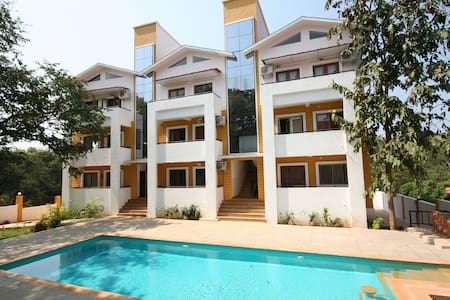 CHIC 2 BEDROOM FLAT IN NORTH GOA - A1 - Anjuna - Apartment