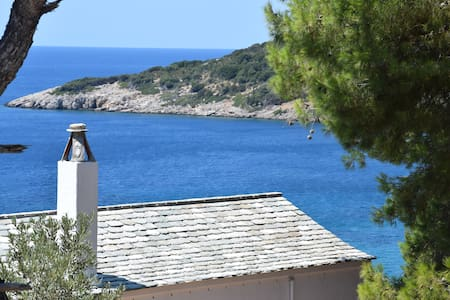 Romantic villa by the sea - Sporades