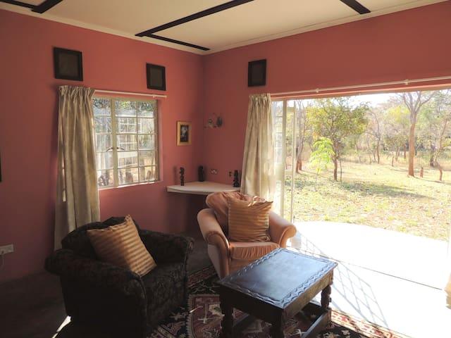 Sarek Creek B&B - Apt. 2 - Lusaka - Bed & Breakfast