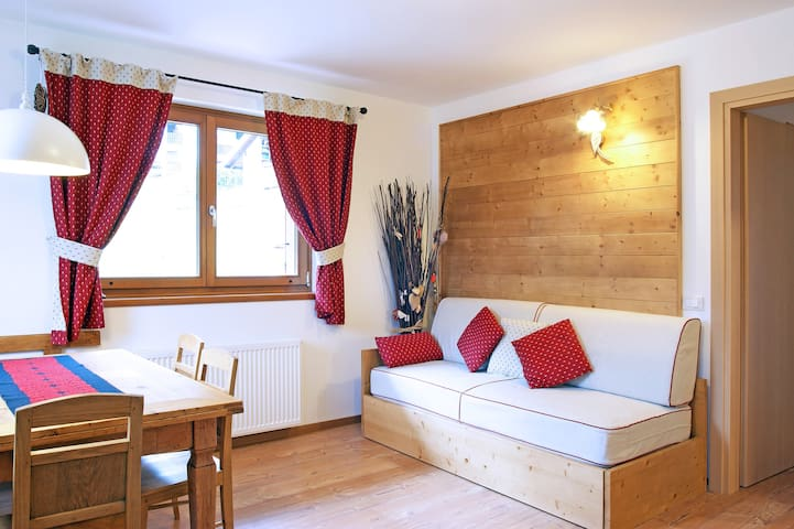 SUNNY 2BD APARTMENT - DOLOMITES - Tocol - Apartment