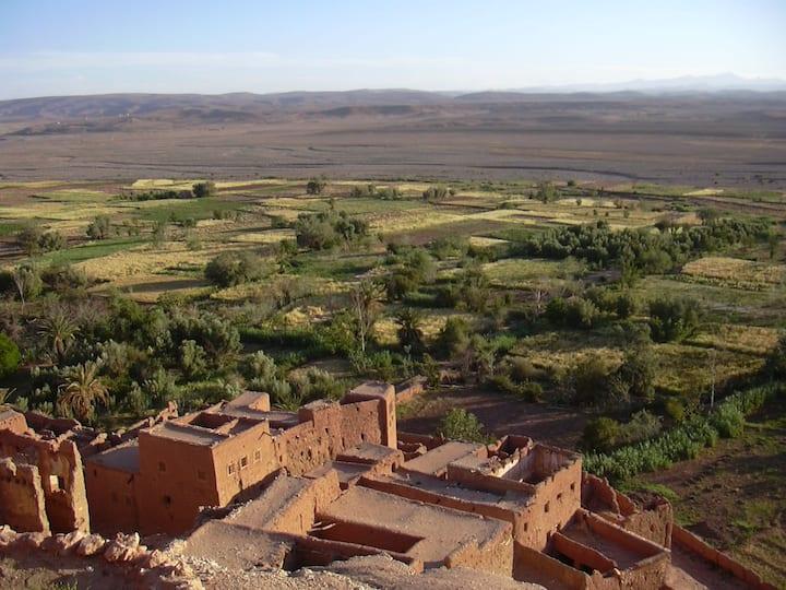 OUARZAZATE route Marrakech MAISON PRIVEE VUE ATLAS
