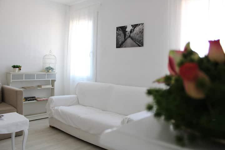 Appartamento con terrazza in piazza a Chioggia