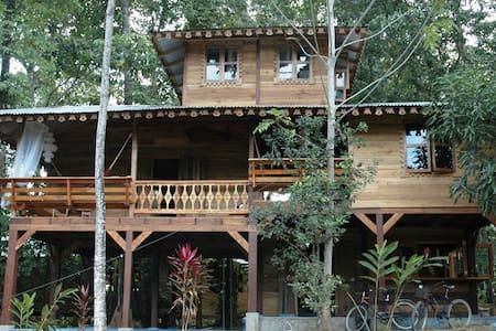 Casa de la Trepada - Puerto Viejo de Talamanca - Ev