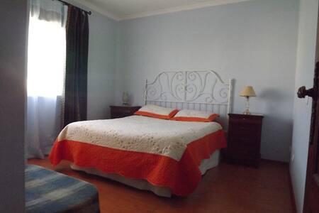 Bedroom for 2 in peacefull Algarve - São Brás de Alportel