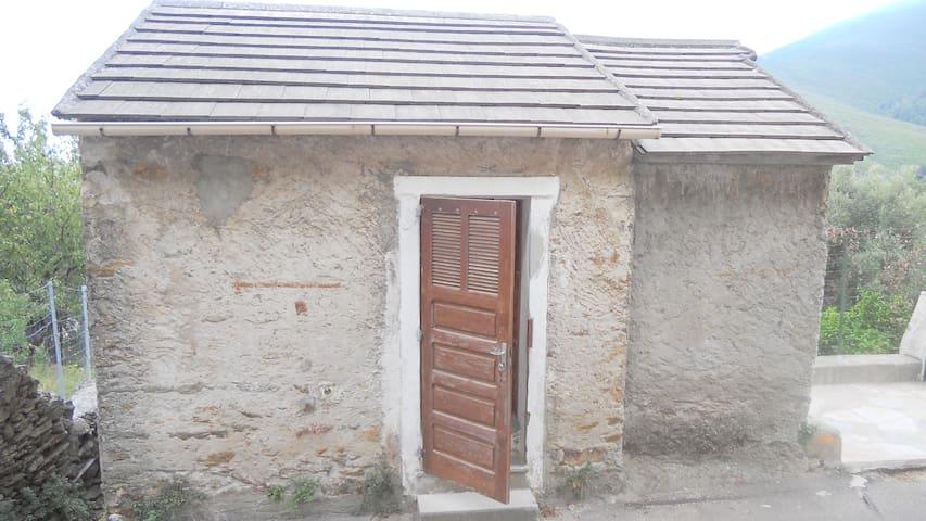 Casa Pietra - Pietracorbara - Hus