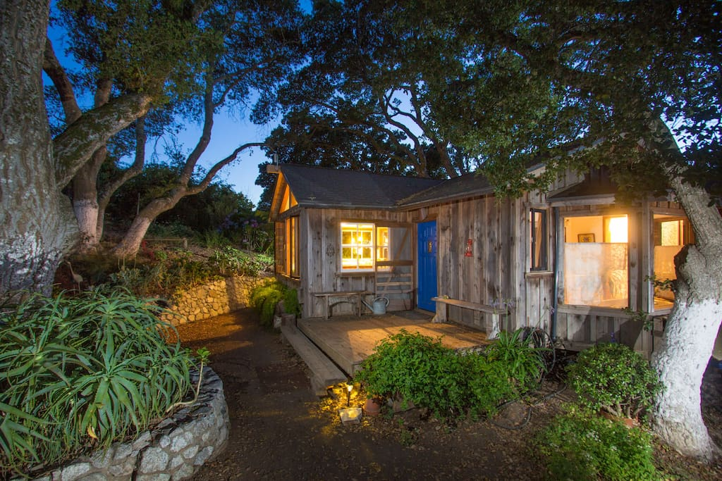 Big sur goat farm ocean views farm stays for rent in for Big sur cabin