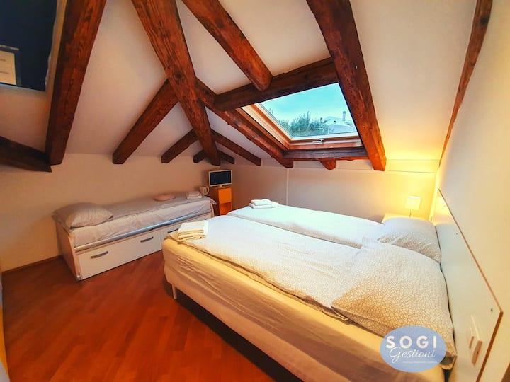 Dreibettzimmer in der Villa Tullibec