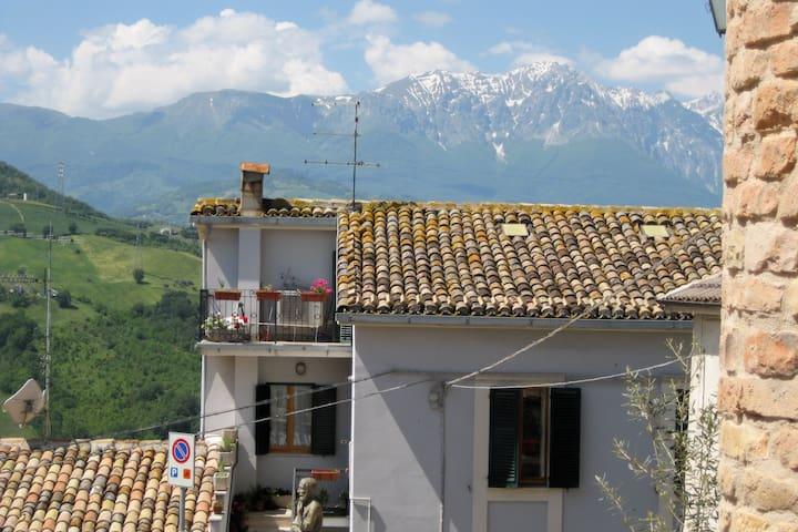 Charming Gueshouse Casa da Carmine - Castiglione Messer Raimondo - Bed & Breakfast
