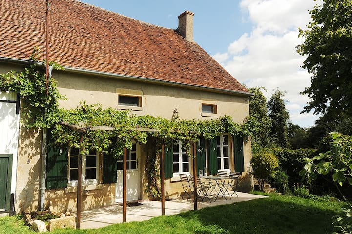 Welcome to beautiful Burgundy! - Colméry - House