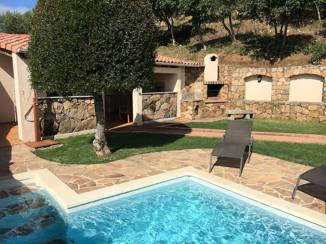Charmante maison avec piscine privative chauffée
