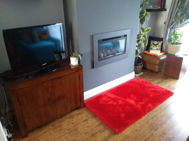 Stylish 2 bedroom property close to Anfield