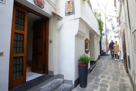 Casa vico Masaniello