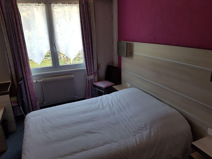 Chambre tout confort au bord du Doubs