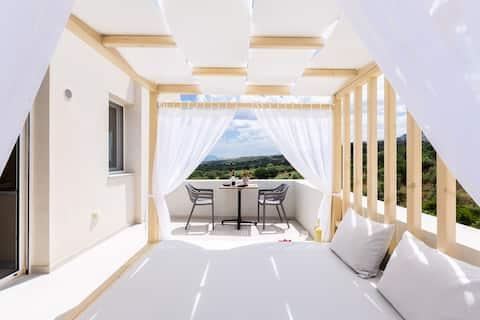Vigla Suites-Superior Suite with Sea View
