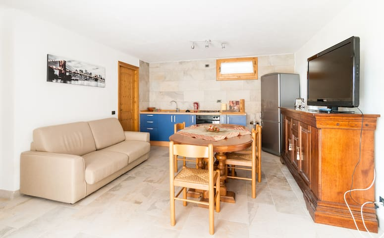 Appartamento in chalet. - Cunardo - Apartment