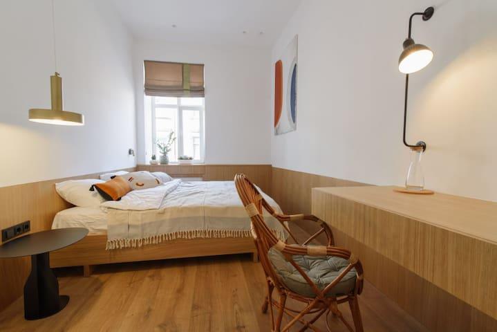Apartment on Panteleimona Kulisha