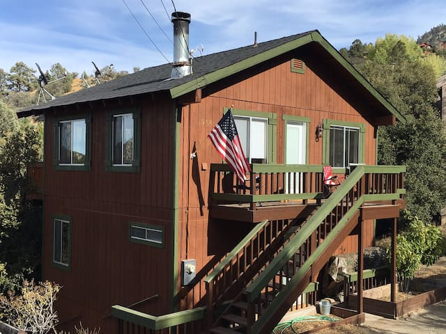 Beautiful Mountain Home with Stunning Views - Pine Mountain Club - Huis