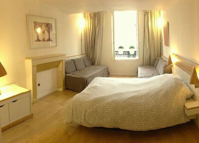 Chambre BOUFFLET dorée