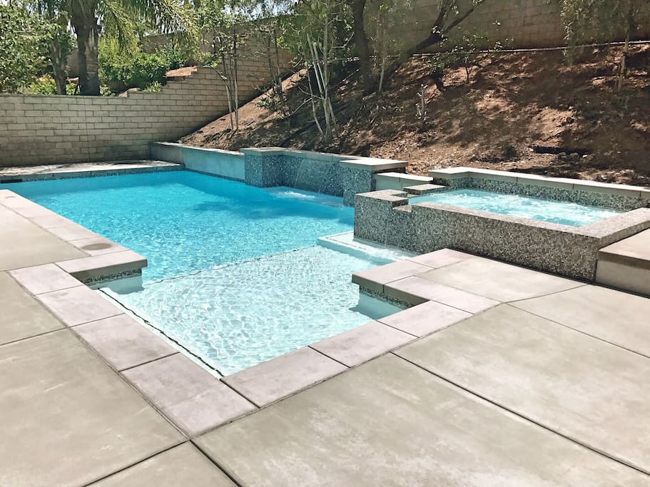 Private pool with huge swim step