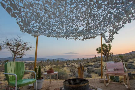 Dreamy Joshua Tree Cabin