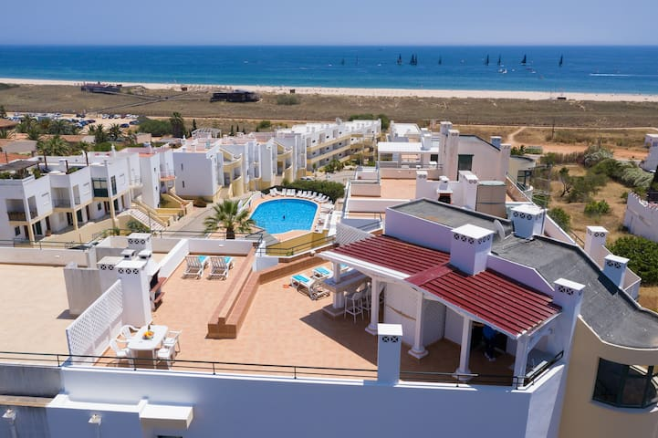 Apartment with free Wi-Fi | shared pool | near beach and golf | sea view [RMEI29]