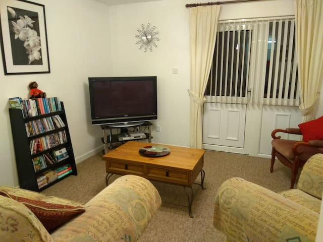 Cozy One Bedroom Self Catering Annexe Apartment