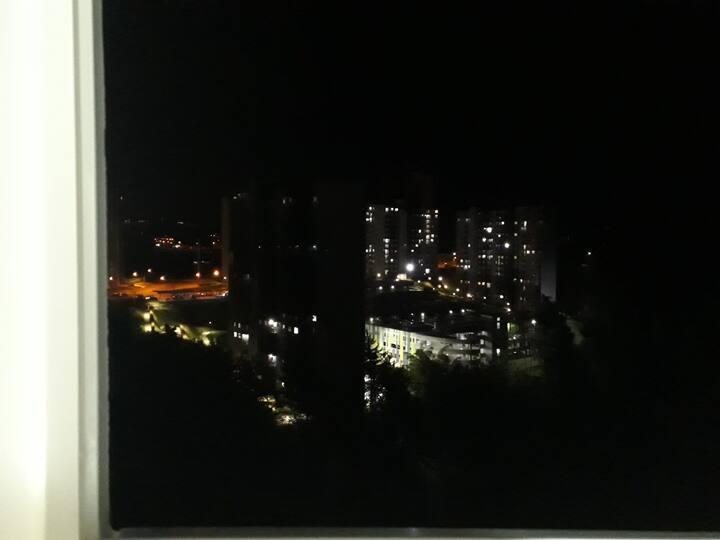 còmoda habitaciòn en Rionegro.