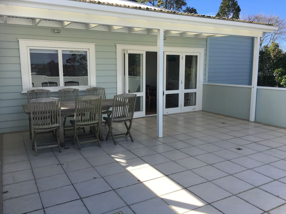 Back patio with outside table and chairs