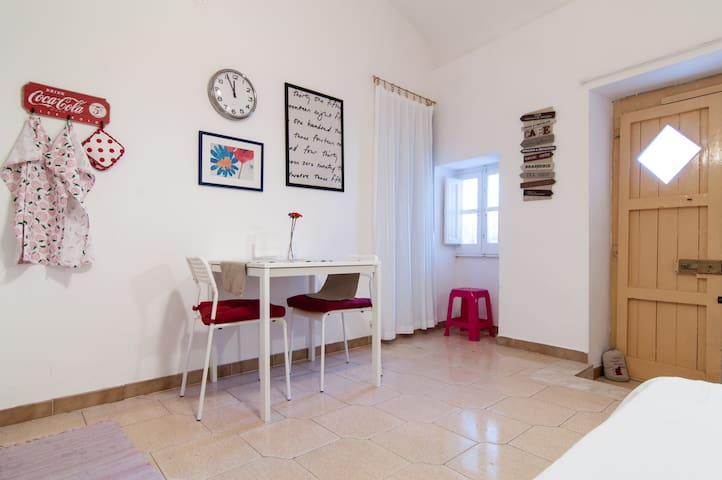 Ortigia- Apartment with balcony