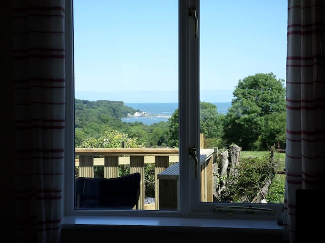 Cottage with panoramic sea views - Pentraeth - Hus