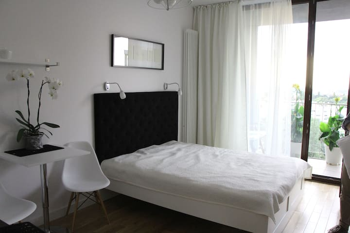 Comfortable new apartment in Warsaw - Warsawa - Apartemen