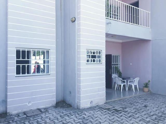 AfriCare Kinteh 2Bedroom Ensuit Apartment Sukuta