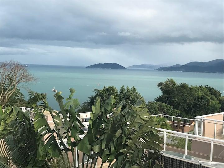 Casa em condomínio- Praia do Curral - Ilha Bela