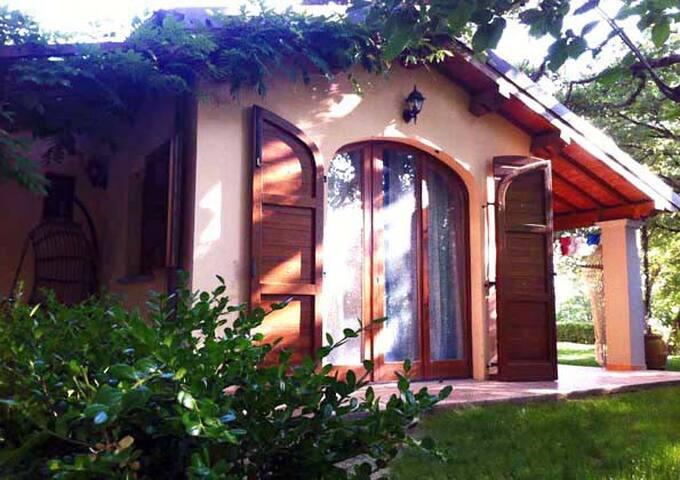 """Suite """"Vishuddha- Svadhishthana"""" - Arezzo - Apartment"""
