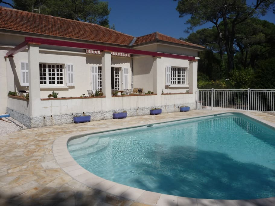 Nice Spacious Villa With Garden Swimming Pool Houses For Rent In Le Cannet Provence Alpes