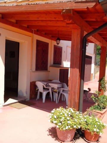 Delizioso appartamento - Rignano Flaminio - Haus